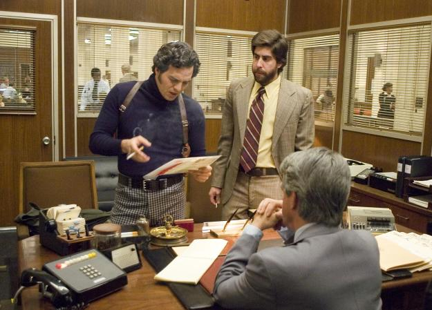 still-of-adam-goldberg-and-mark-ruffalo-in-zodiac-2007-large-picture